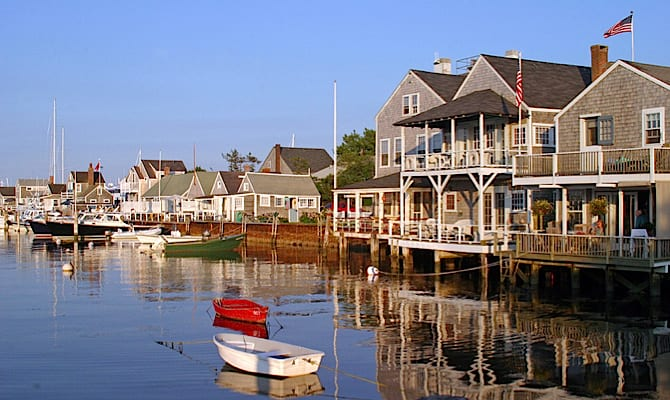 670x400-Nantucket-Easy-Street-credit-Michael-Galvin
