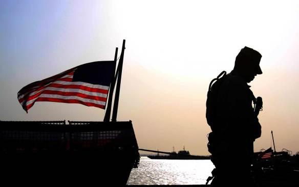soldier_America_Flag_AP_img